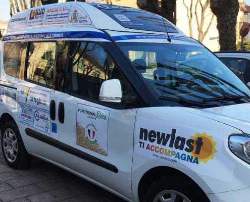 Fiat Doblò con Sponsor Newlast