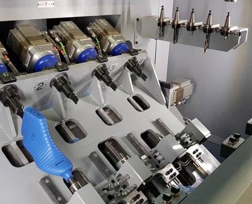 Dettaglio della macchina lavorazione forma SDMC4